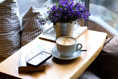 Coffee%2C%20flowers%20and%20books_edited