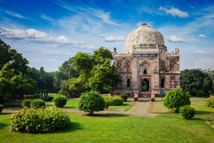 lodi-gardens-delhi-india-PPU2SN7 (1).jpg
