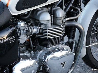 Triumph Bonneville Engine Right View