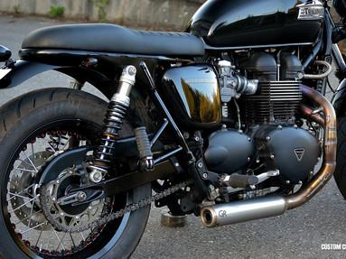 Triumph Bonneville Shoks