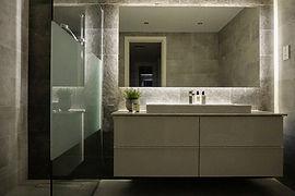 Arabian Ranches Dubaibathroom renovation