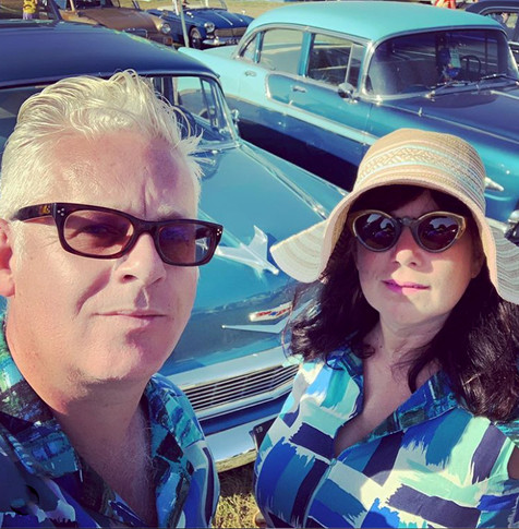 Matching shirts, matching cars - Brush strokes linen