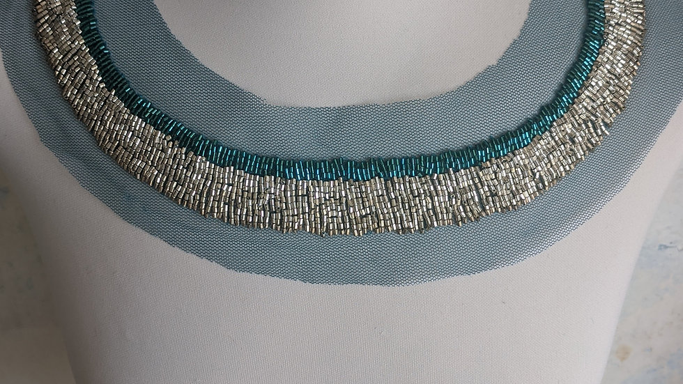 Bead Neckline / Turquoise Silver Gold