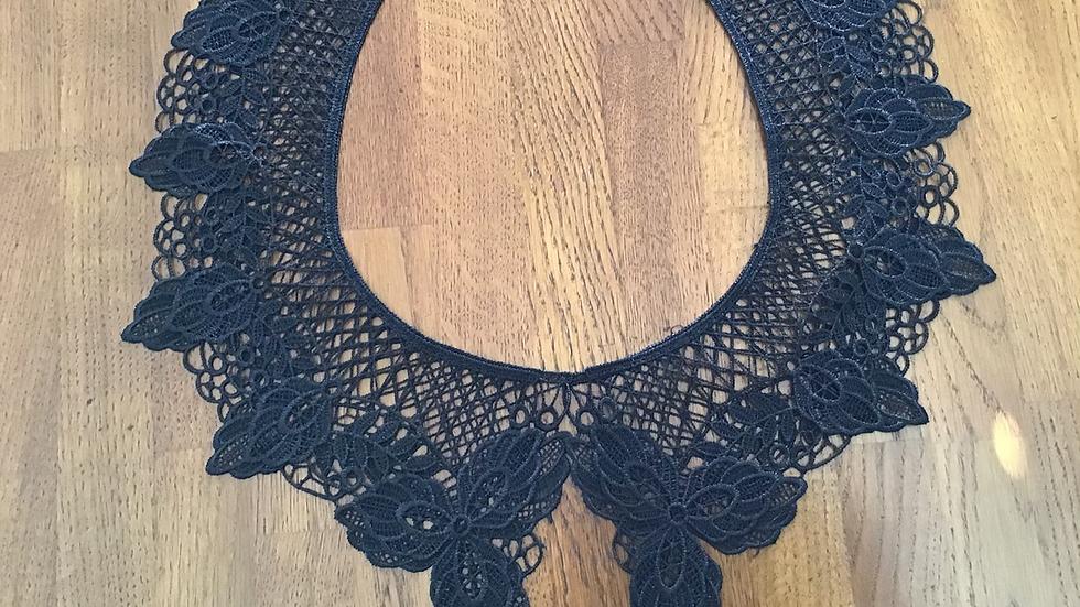 Black Double Layered Lace Collar & Matching Cuffs