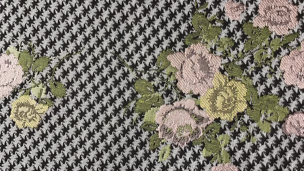 Remnant Floral on Houndtooth Jacquard /198cm