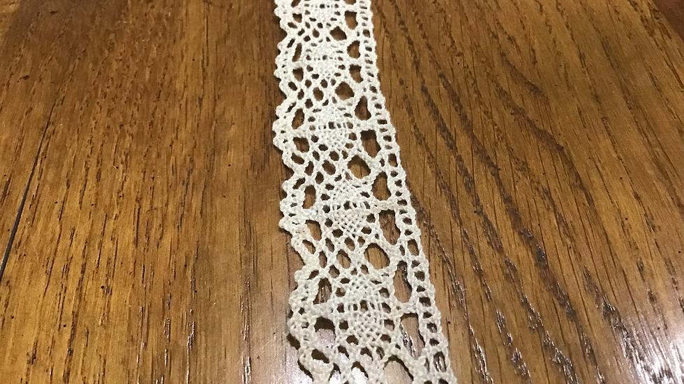 Antique Ivory Cotton Style Crochet Trim/3cm wide