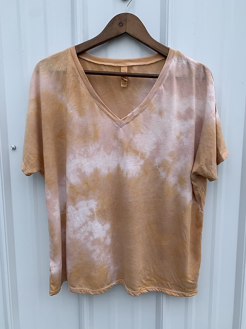 Relaxed V neck : Cutch + Kamala (size Large)