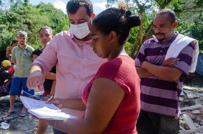 Entrega de Cestas Básicas em Paraisópolis