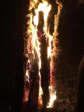 Finnenkerze brennend