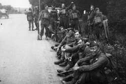 In England prior to Dieppe (Photo Courte
