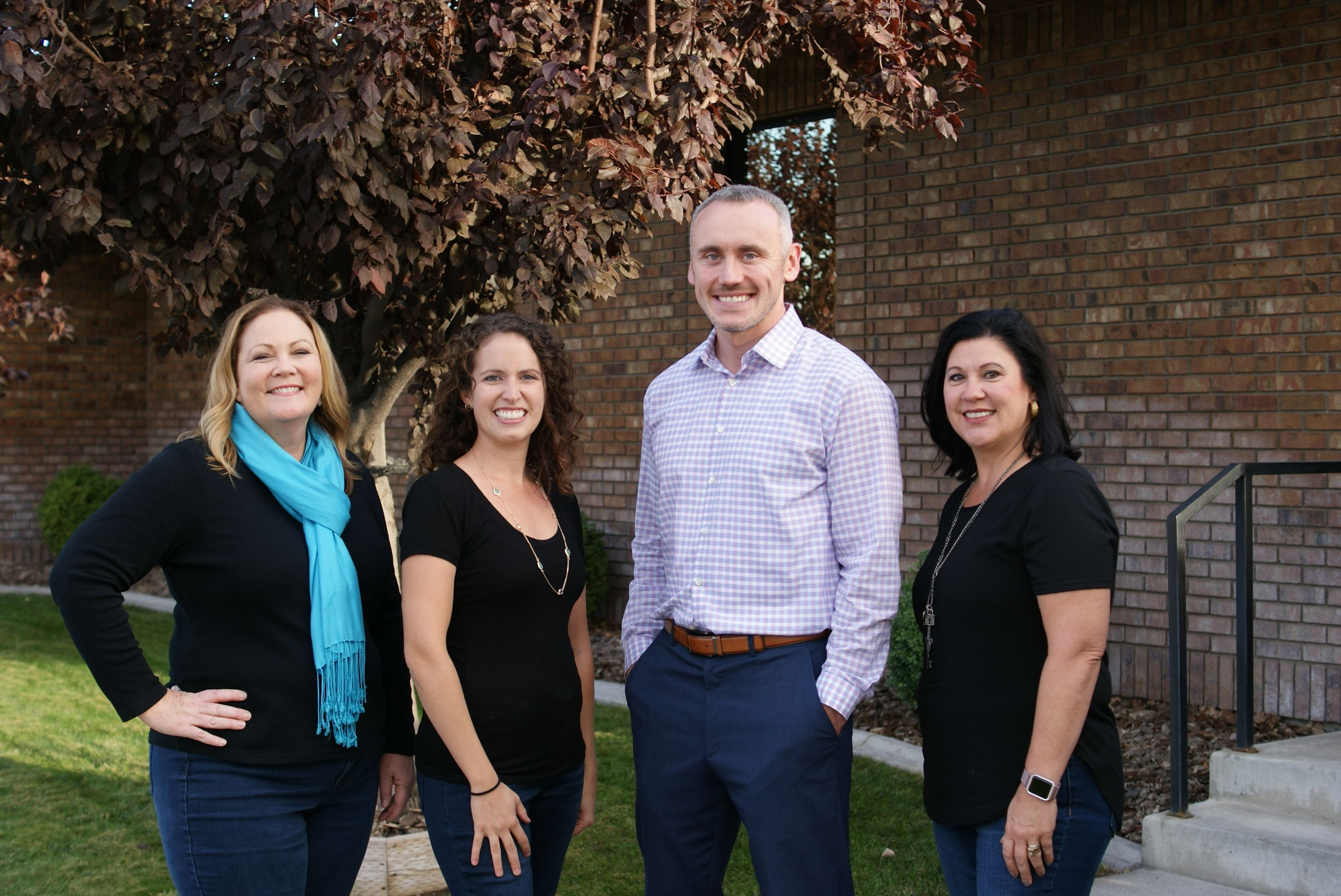 Kennewick-Family-Smiles-Group-compressor