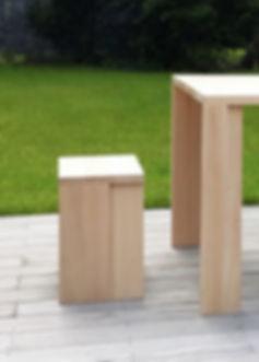 Stôl, stolička