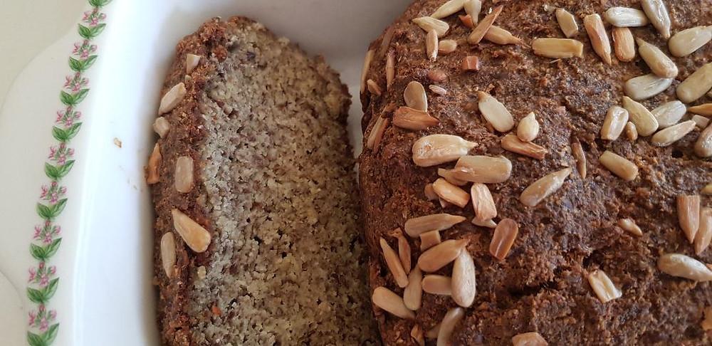לחם גרעינים וזרעים ללא גלוטן ללא דגנים