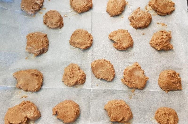 עוגיות לפני אפיה