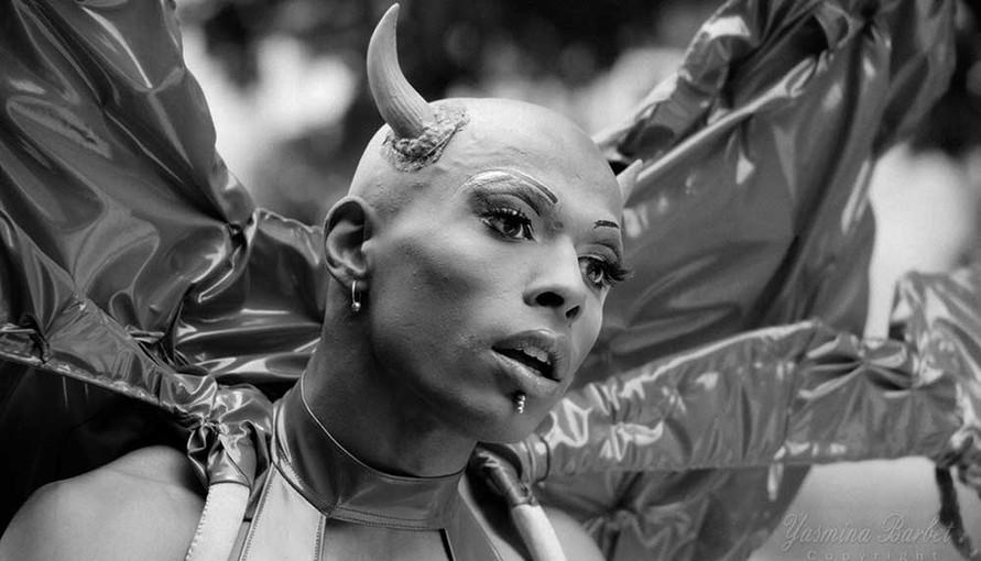 Gay Pride Paris 1996 (3).jpg