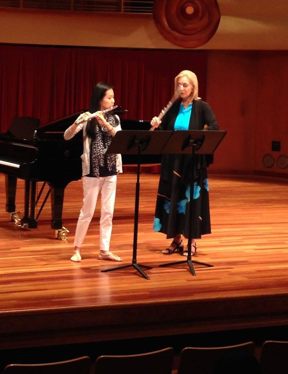 Summerflute masterclass with Juilliard professor, Carol Wincenc (2015)