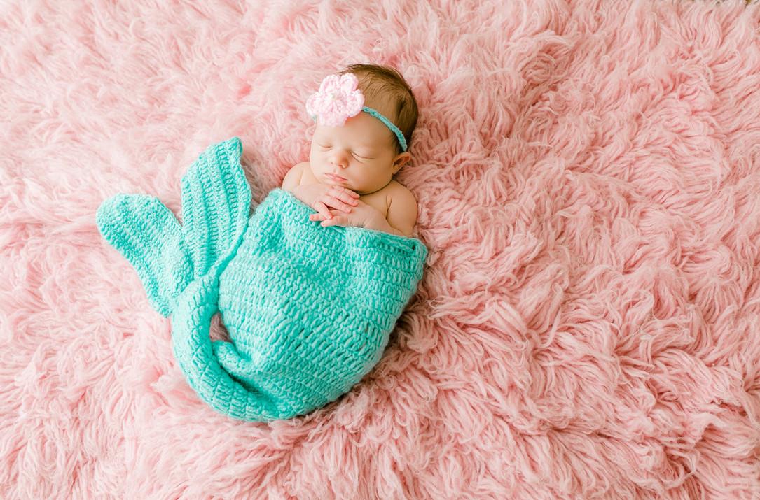 Newborn Ava (67).jpg