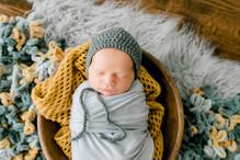 Newborn Hudson (38).jpg