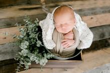 Newborn Hudson (16).jpg