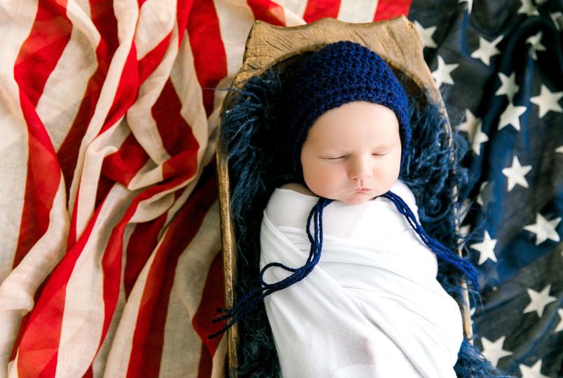 Newborn Eason (30).jpg