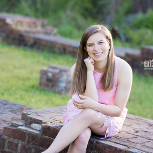 High School Senior - Amelia