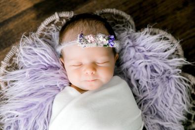 Newborn Ava (50).jpg