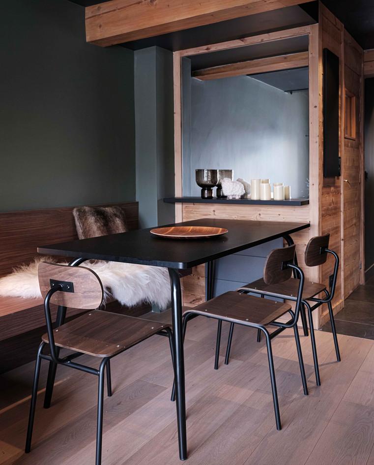 MERIBEL JJ NUMERO111 interior design 1.j