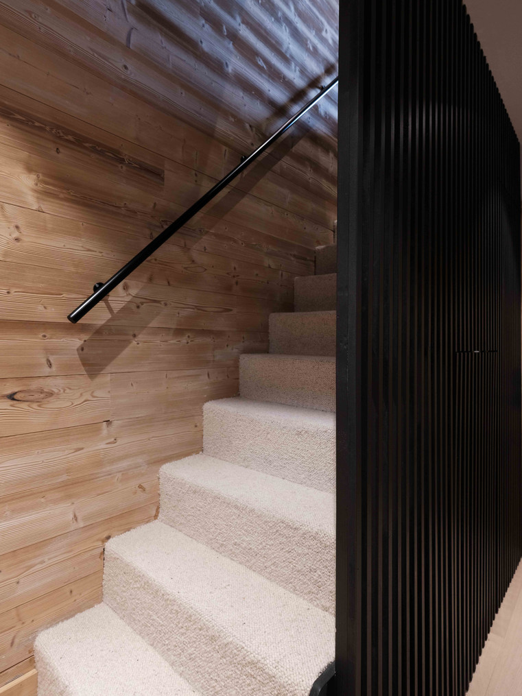 MERIBEL JJ NUMERO111 interior design 12.