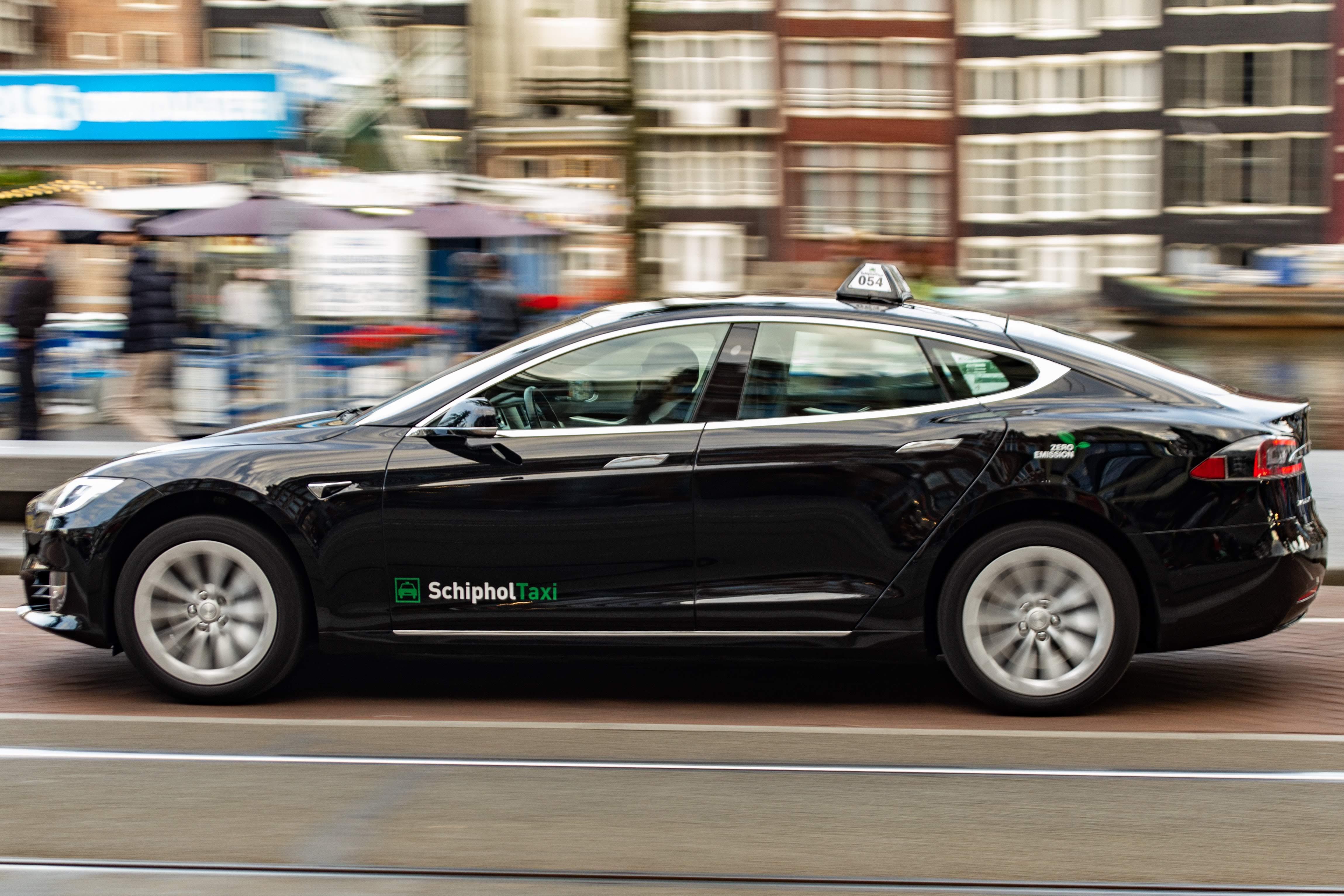 Panning de Tesla