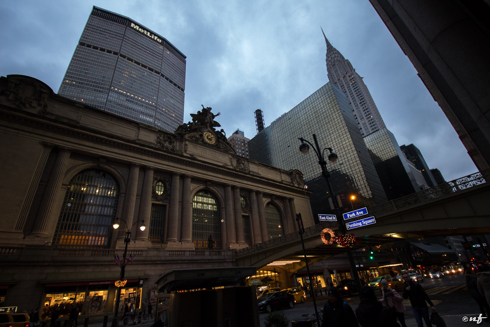 Grand Central St