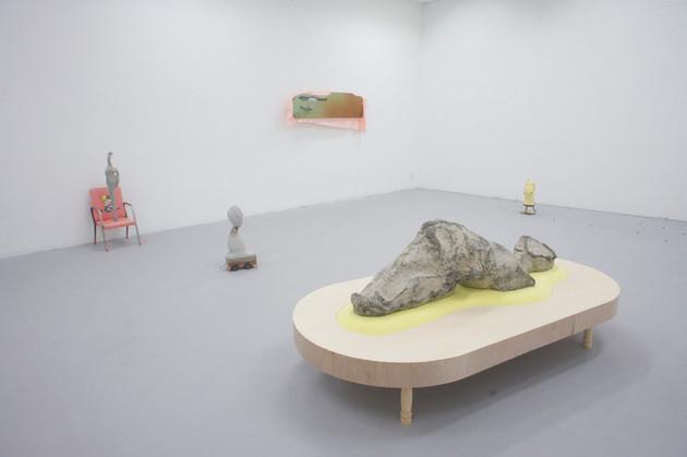 """「連続個展企画、むしろ例えてしまう-同じレベルのオーボールラトル-」東京造形大学ギャラリーmime(東京)""""Continuous solo exhibition, -rather like something-  the O ball rattle at the same level"""", Gallery mime at Tokyo Zokei University, (Tokyo)"""