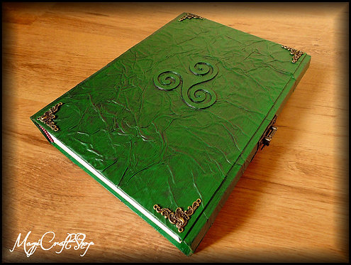 Book of shadows TRISKELL - BIG size 31x22 cm