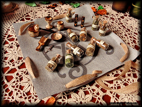 Wicca altar kit with cloth/bag