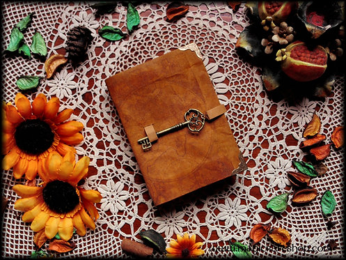 Book of shadows THE TRAVELER - SMALL size 16,2x11,8 cm