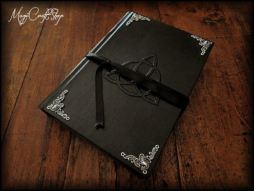 GOTHIC Book of shadows - MEDIUM size - 22X16 cm