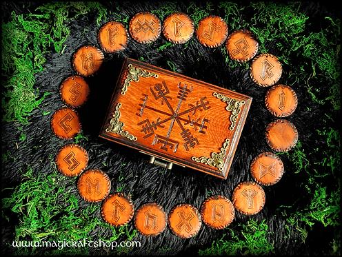 Vegvisir wooden box + futhark runes