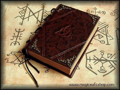 TRIQUETRA Book of Shadows - MINI size 8,3x11,3 cm