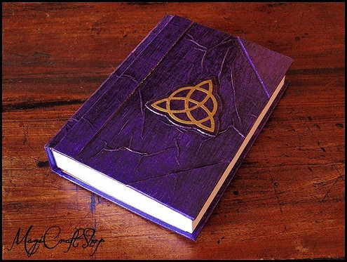Book of shadows VIOLET with triquetra - MEDIUM size - 22X16 cm