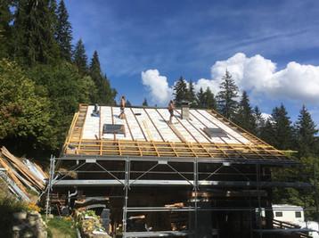 Roof - under construction Seytroux.