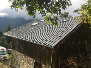 Roof - completed Seytroux.