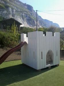 Child's play castle