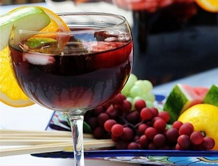 """Takin' the Piss"" Crisper Sangria"