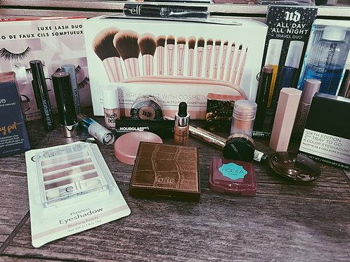 14 piece pink brush set + Makeup