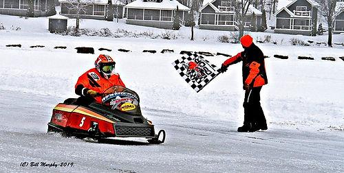Ice oval racing