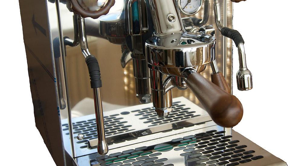 Siebträger Kaffeemaschine // Olivenholz-Dekor
