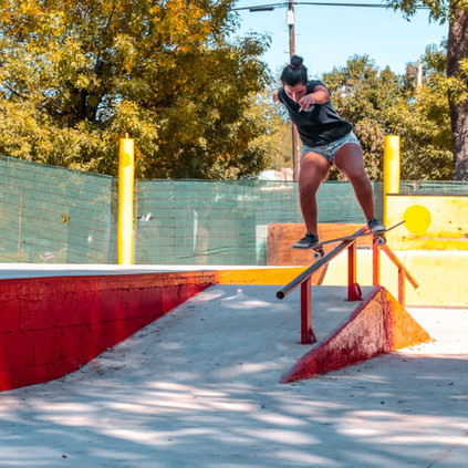 evelyn-enriquez-bs-boardslide-1025x683