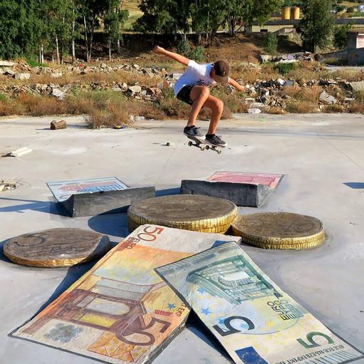 Dinero_DIY_money_ollie