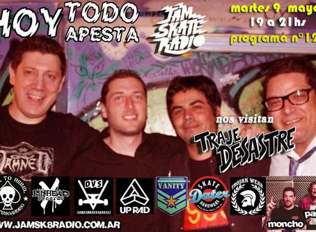 TRAJE DESASTRE / HOY TODO APESTA