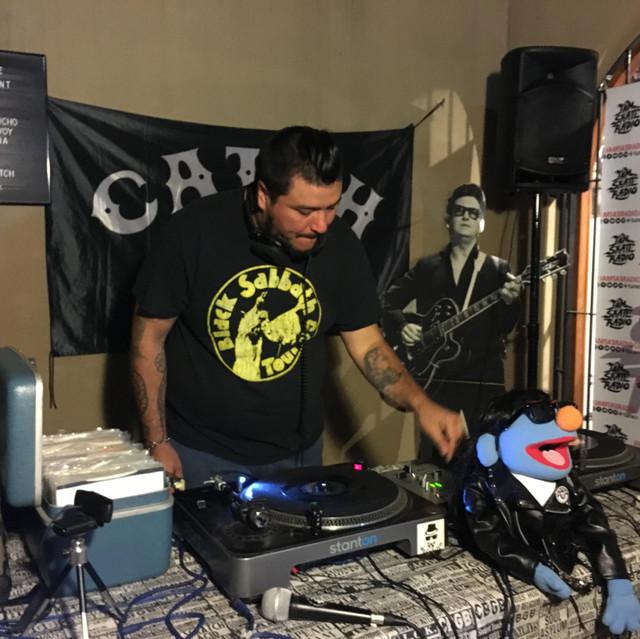 DJ SEEN CADENA