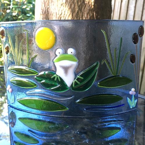 Finneas Frog